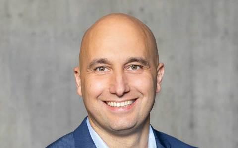 Dr. Martin Lommel
