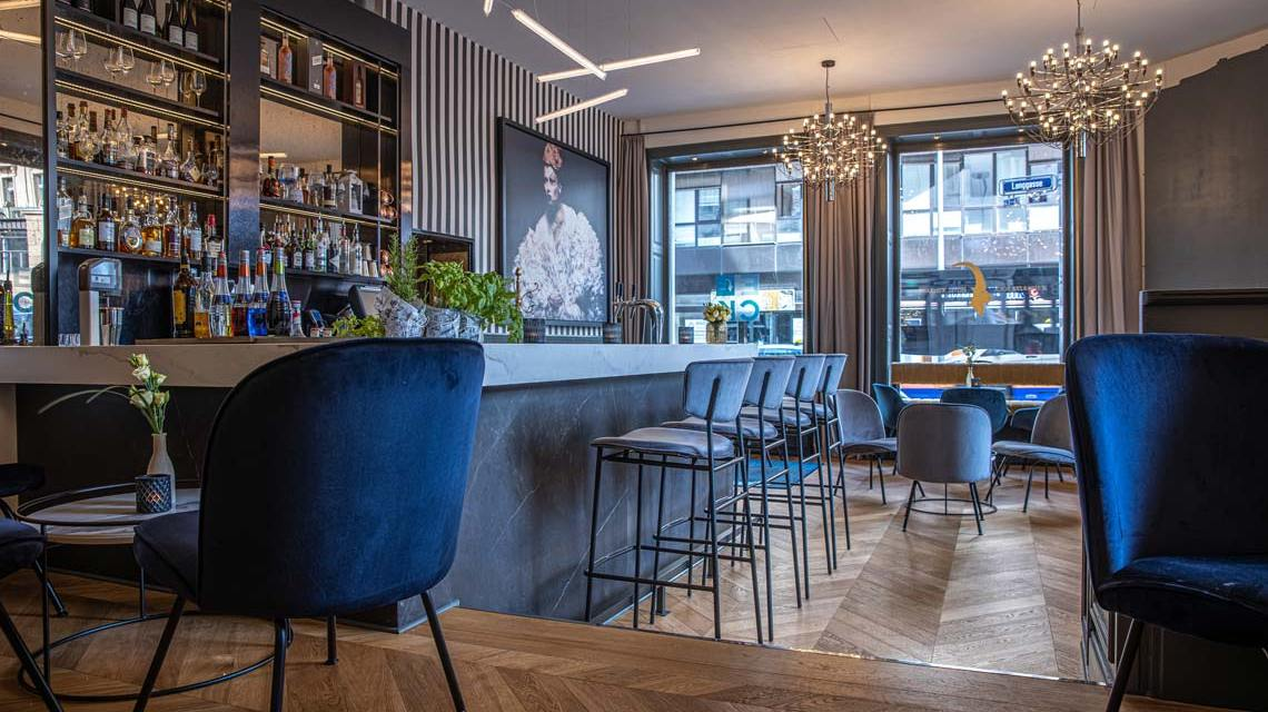 Bar im Radisson Blu Schwarzer Bock