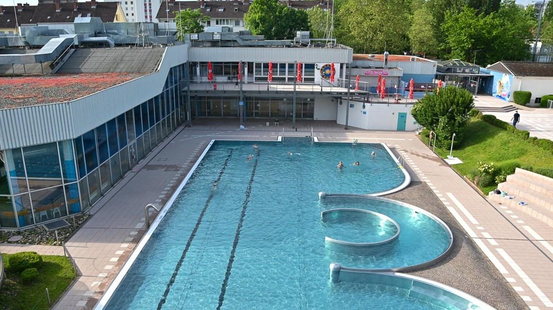Ermäßigte Schwimmkurse in Sommerferien