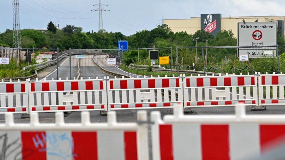 Der Bypass ist fertig. Nach der Abnahme am Vormittag kann der Verkrht quer über die A 66 rollen