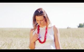 staindress film still necklace on dress