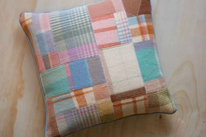 Wife-made Patchy Wool Cushion - Square