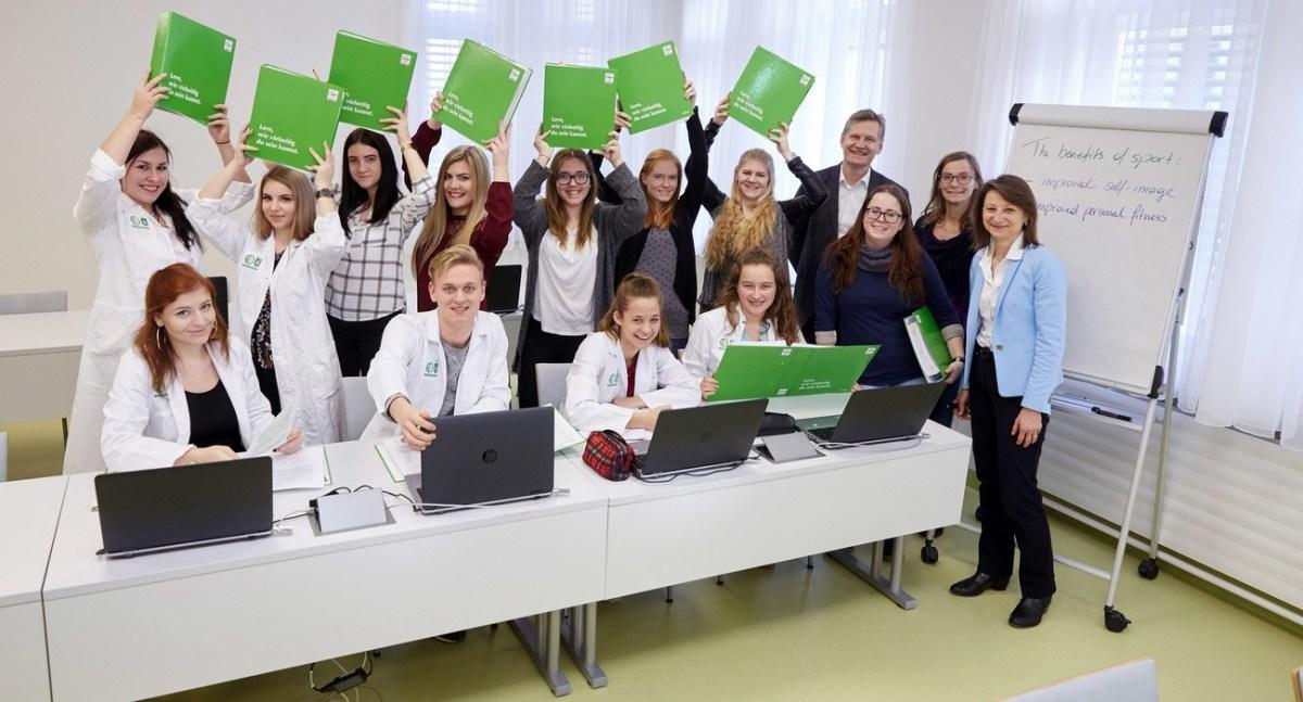"""Startschuss für """"Lehre mit Matura"""" am LKH-Univ. Klinikum Graz!"""