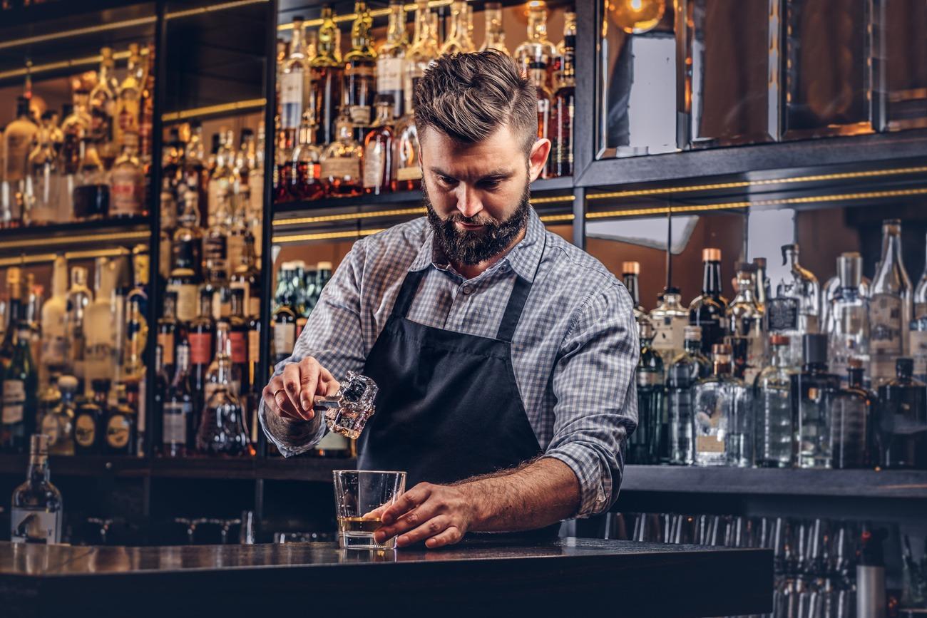 Barkeeper: Ein abwechslungsreicher und vielseitiger Beruf