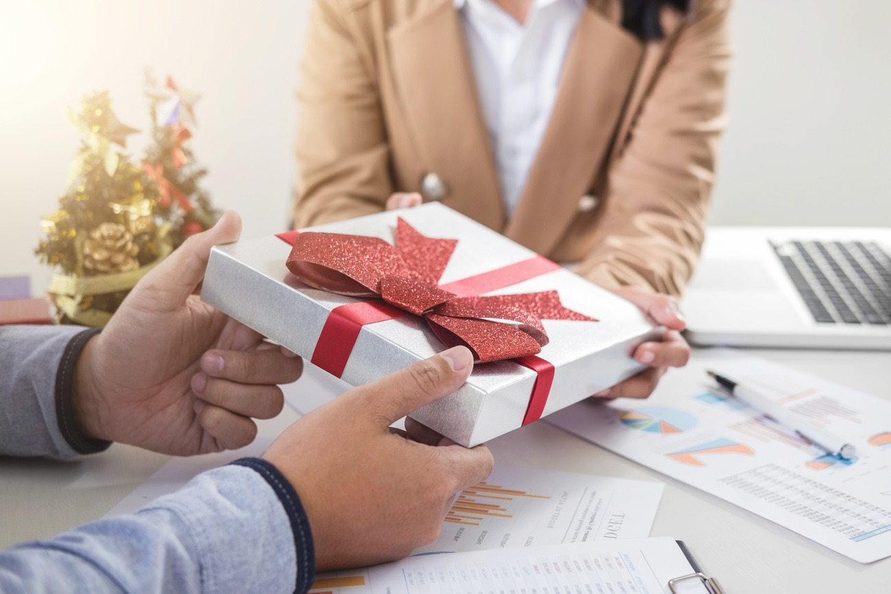 """Das Kunden-Geschenk: """"Beschenke dich – beschenke deine Kunden!"""""""
