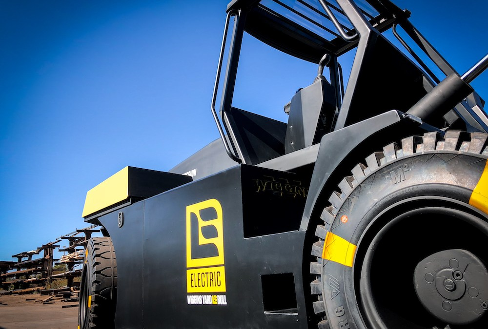 Wiggins Announces the First Zero-Emissions Large-Capacity Forklift: the eBull.