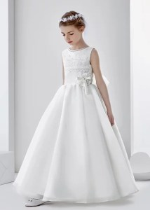 Sleeveless Jewel Neck Ball Gown Organza First Communion Dress With Lace And Beading