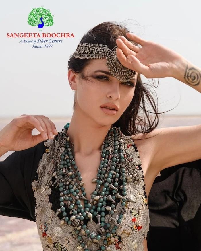 Look beautiful with Sangeeta Boochra's Silver Centrre