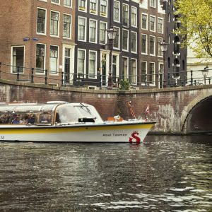Amsterdam Canal Cruise from Damrak