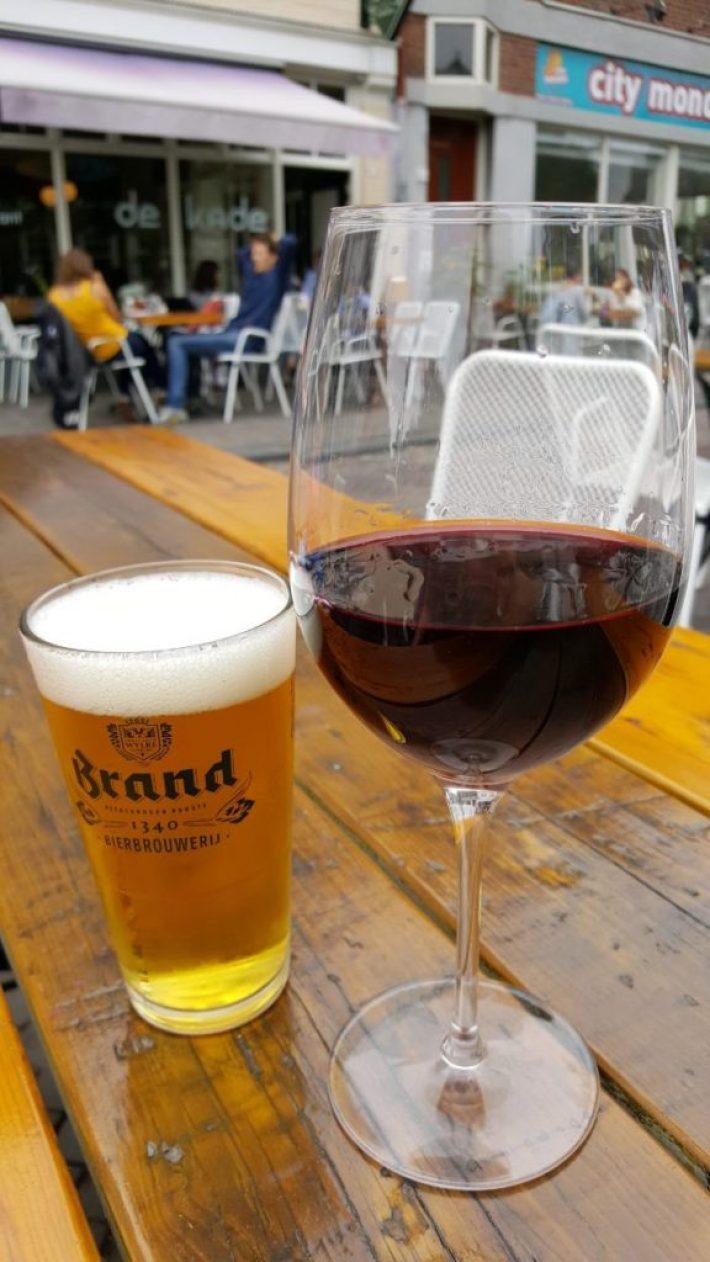 Leukste terrassen in Den Haag: borrelen bij café de Kade