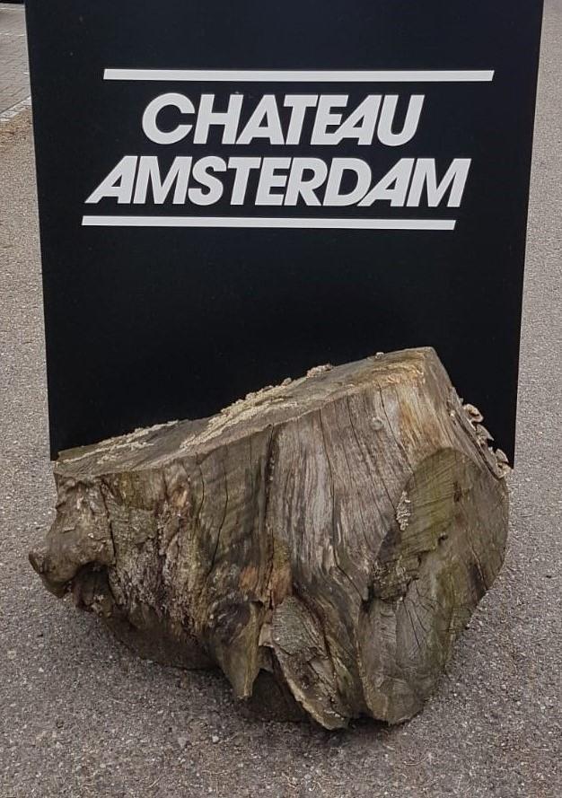 Amsterdamse wijn op het Bottelfeest van Chateau Amsterdam