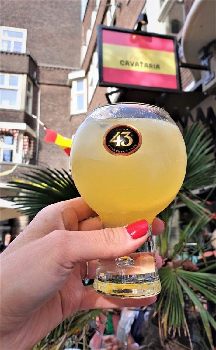 welkomstdrankje bij Cavataria Amsterdam