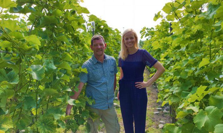 Esther en wijnmaker Jan Kling