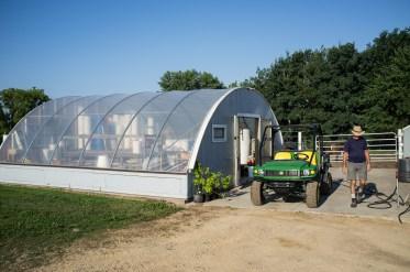 De greenhouse waar de wijnstokken van Trout Brook Vineyards 'geboren' worden