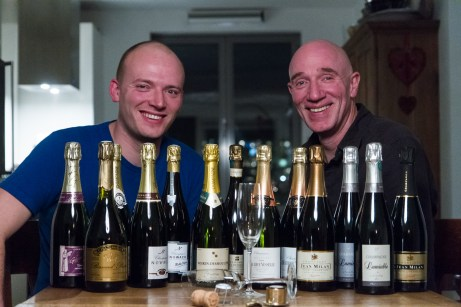 Marcel en Daniël met de oogst van de champagnetrip in 2013