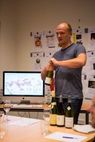 De eerste wijn: Sauvignon Blanc uit de Loirevallei.