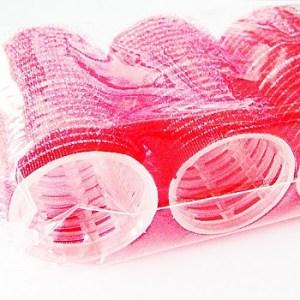 Samodržiace natáčky na vlasy, na suchý zips, 6ks. Vhodné pre použitie v salóne. Farba- červená. Priemer: 3,5cm. Dĺžka: 6,5cm.