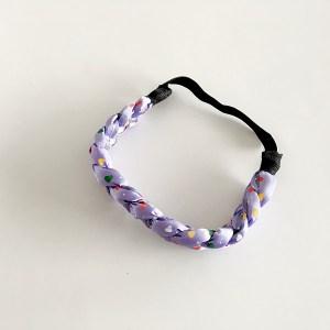 Elastická látkova čelenka vrkoč do vlasov pre ženy a deti, vzor srdiečko. Farba- fialová. Rozmer: 4cm.