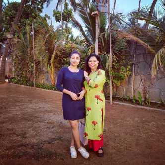Ridhima Pathak with her mother