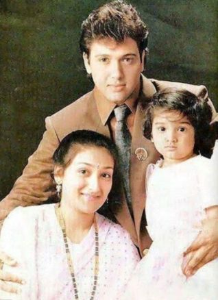Tina Ahuja as a Child with her Parents