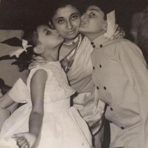A childhood picture of Sanjiv Bhasin with his mother and sister