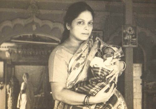 Devdutt Pattanaik's childhood picture with his mother