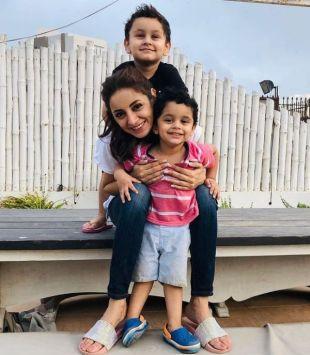Sarwat Gilani with her children
