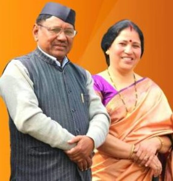 Narendra Singh Negi with his wife