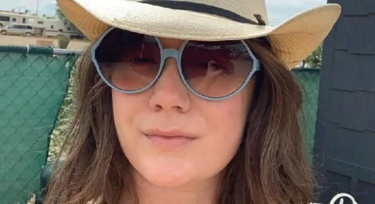 Elizabeth Ann Hanks, daughter of Tom Hanks