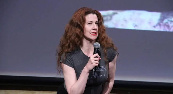 Suzie Plackson