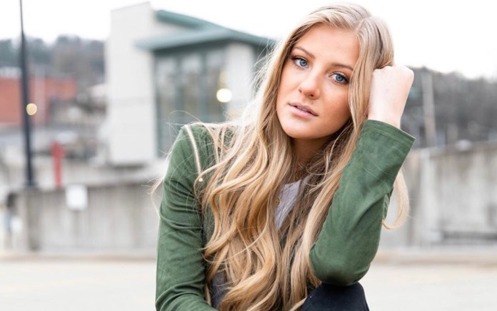Paige Hyland Age, Height, Net Worth, Bio, Boyfriend, Dance Moms