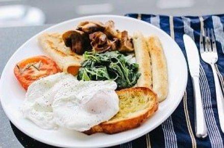 ¿Cuánto cuesta un almuerzo en República Dominicana? 1