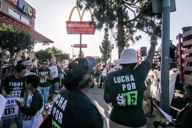ماكدونالدز ومشاكل الموظفين