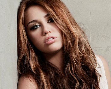 Miley Cyrus wiki, Age, Affairs, Net worth, Favorites and More