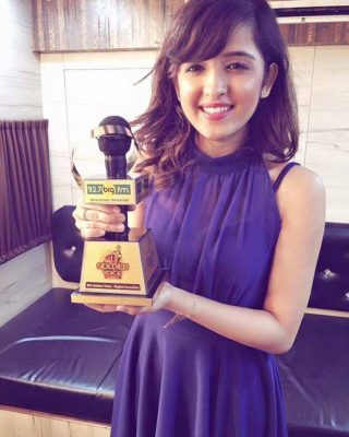 Shirley Setia wiki, age, Affairs, Family and More-2