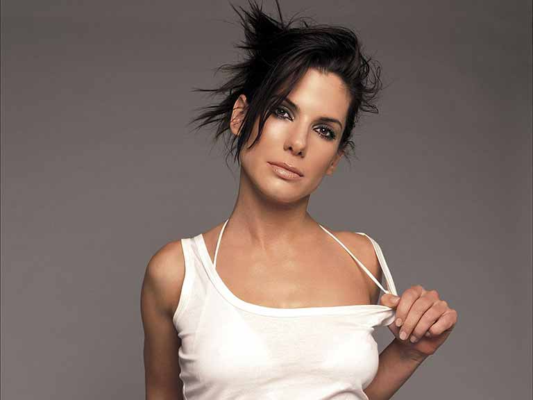 Sandra Bullock wiki, age, Affairs, Family and More