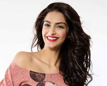 Sonam Kapoor wiki, Age, Affairs, Net worth, Favorites and More