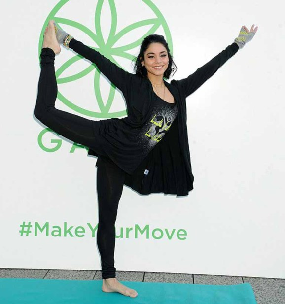 vanessa doing yoga pose
