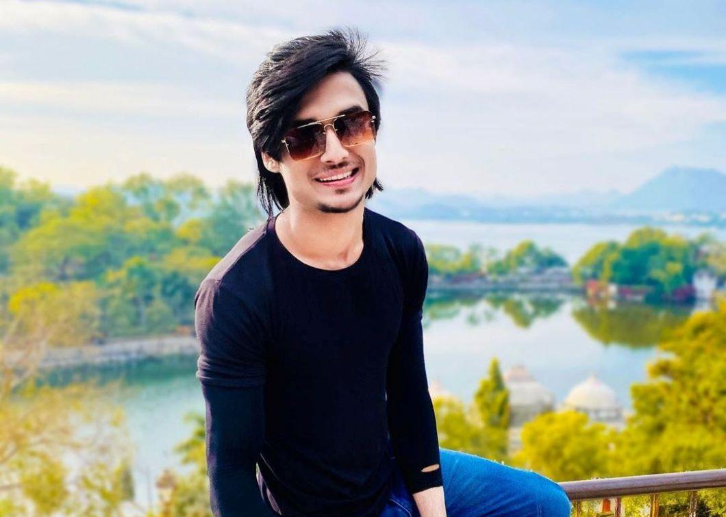 Abraz I khan (Tiktok star) Wiki, Biography, Age, Girlfriend ...