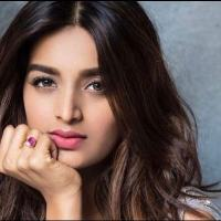 Nidhi Agrawal Age, Height, Weight, Boyfriend, Family & More
