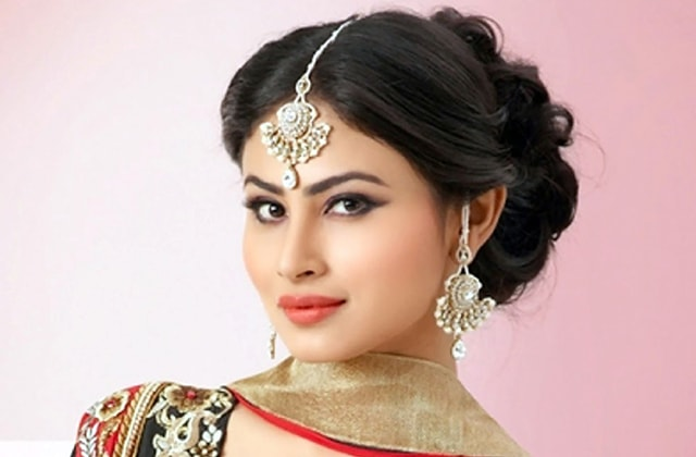 Mouni Roy Pic