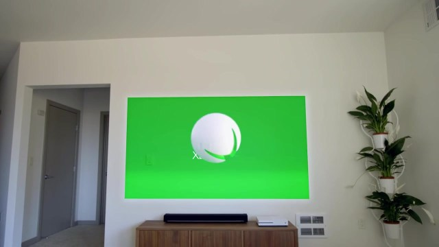Xbox One S on Screen