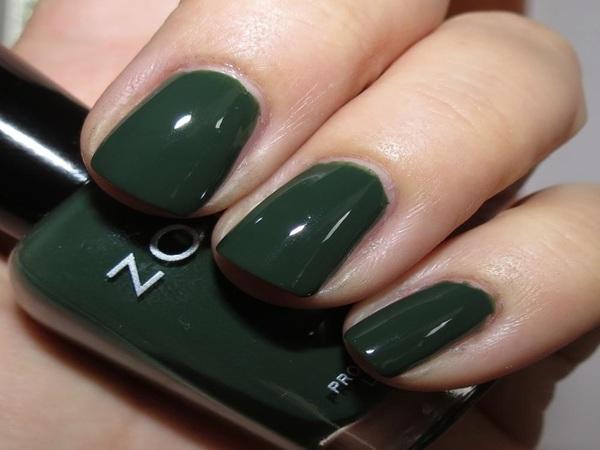 green-nail-polish