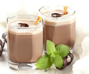 2 Minutes Chocolate Smoothie that burns fat and reduces anxiety