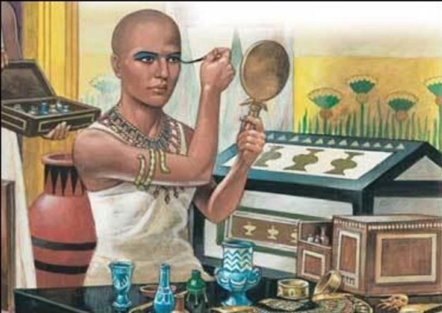 in Egypt, both men and women do makeup