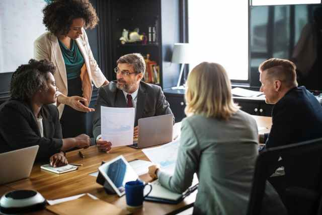 How to Make Your Work Meetings More Engaging and Productive (1)