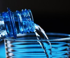 Filtered Water Bottles: Staying Hydrated on the Move