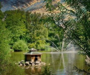 A detailed guide on how to choose a pond fountain