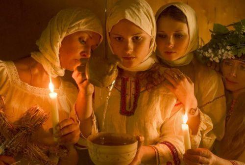 Il battesimo va su candele e acqua