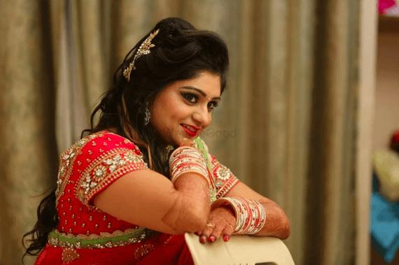 Anjali Jain Biography, Age, Boyfriend, Income, & More